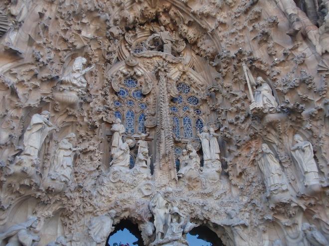 exterior templo sagrada familia
