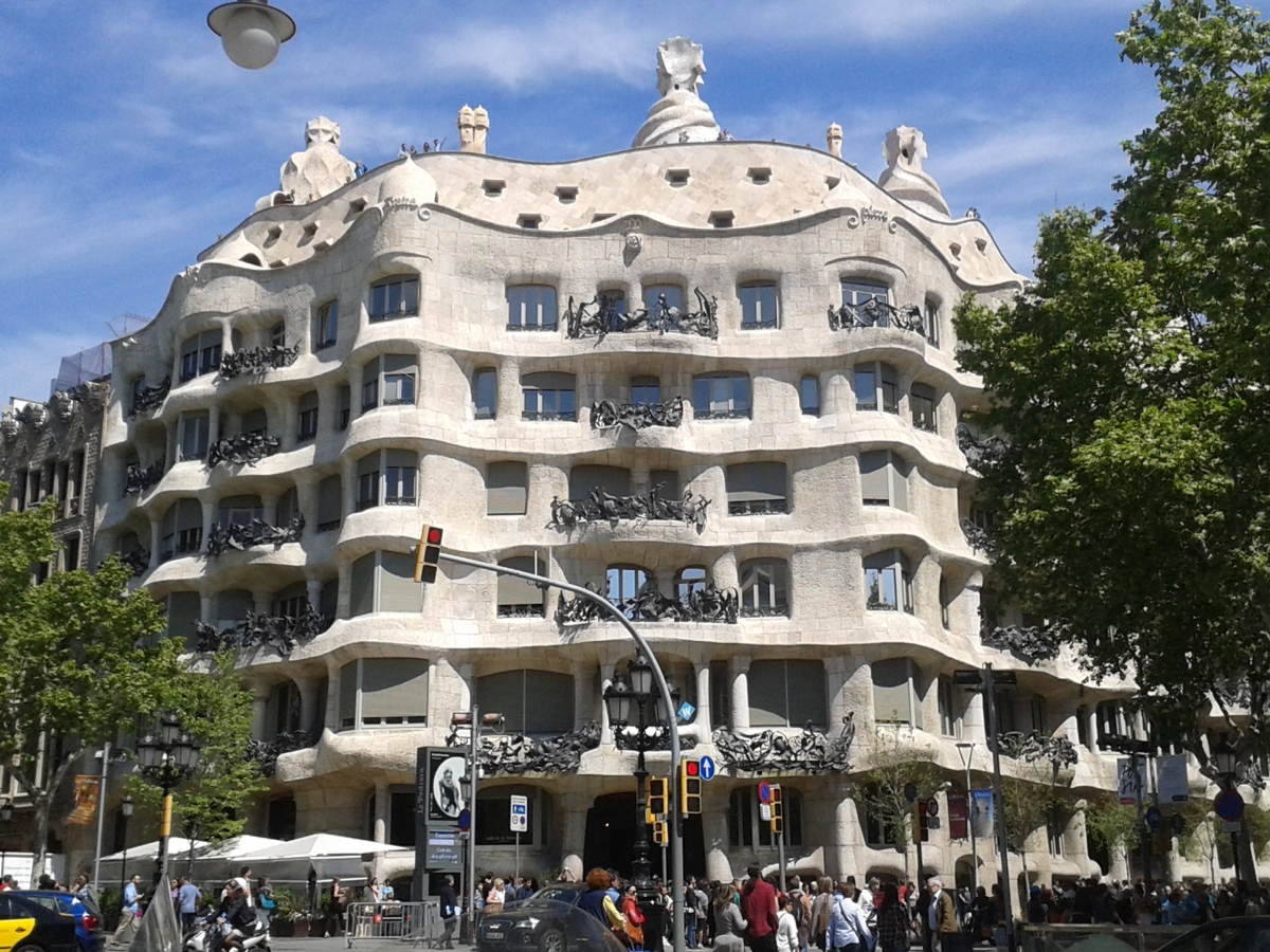 Mapping Barcelona / Gaudi's Pedrera: The Origins