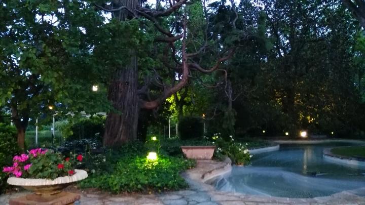 jardines del hotel termes montbrio