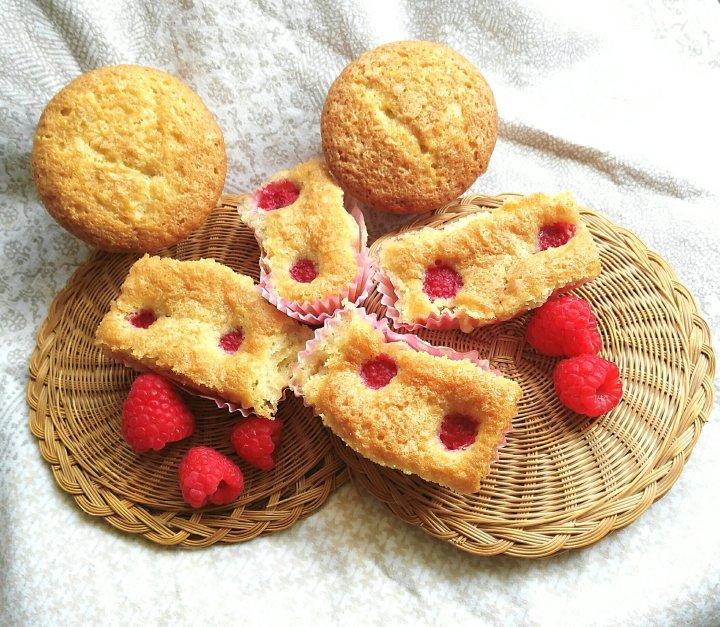 Como hacer unas magdalenas con frambuesas y chocolateblanco