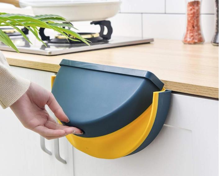 Cubo de basura colgante y plegable, una solución para elreciclaje