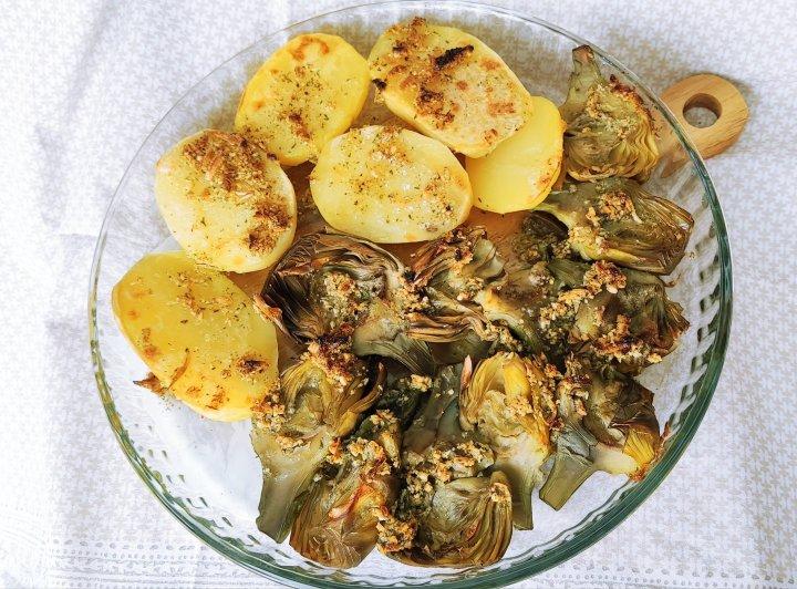 Alcachofas y patatas al vapor con Monsieur Cuisine, gratinadas conavellanas