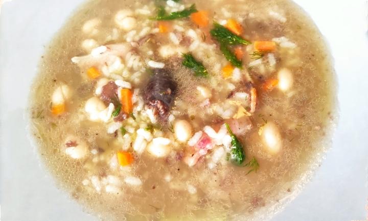Sopa de arroz conhinojo